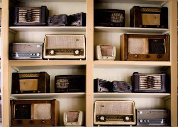 Regallautsprecher gebraucht kaufen | Alter Kompaktlautsprecher?