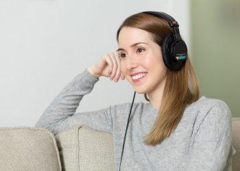 Kopfhörer vs. Lautsprecher (Vergleich) | Der beste Musik-Sound?